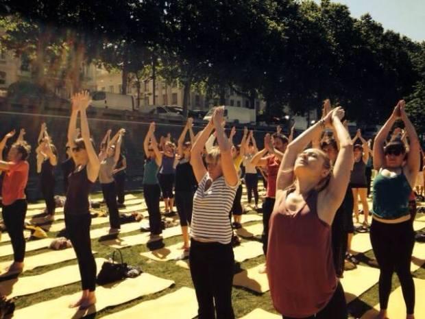 Cours de yoga gratuit à Lyon au parc de la Tête d'Or