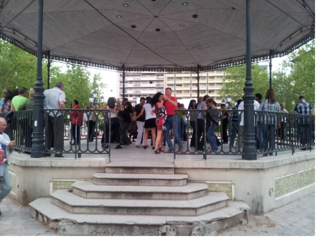 Initiations aux danses latines à Lyon