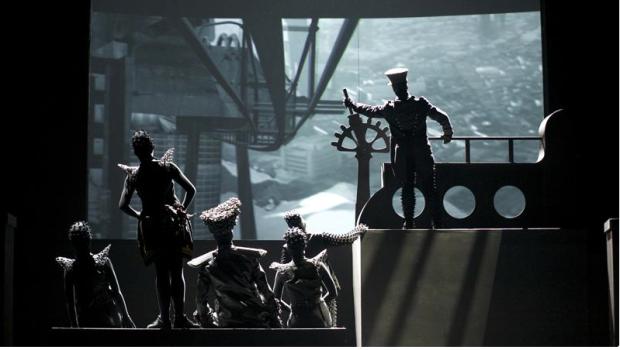Retransmission d'un ballet de l'opéra en plein air sur la place des Terreaux à Lyon