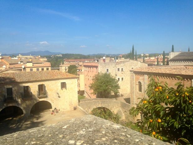 Vue sur les jardins de Gérone en Espagne