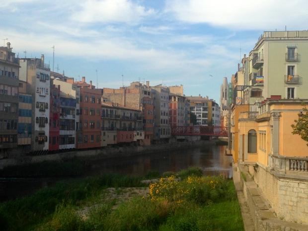 Rive de l'Onyar Gérone Espagne