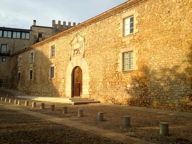 Place de pierres Gérone Espagne