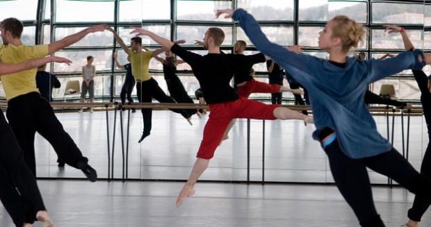 Ballet de l'Opéra de Lyon ouvre ses coulisses